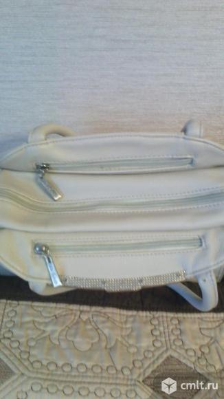 Продаётся женская сумка. Фото 3.