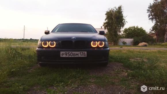 BMW 523 - 1996 г. в.. Фото 1.