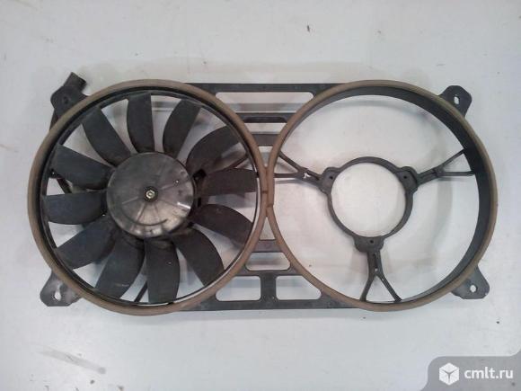 Вентилятор охлаждения с кожухом  UAZ PATRIOT 05- б/у 316300130800880 3*. Фото 1.