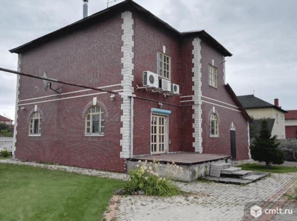 Продается: дом 276.1 м2 на участке 10 сот.. Фото 1.