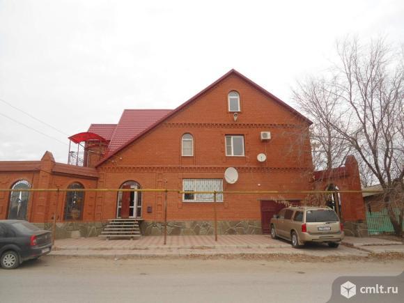 Продается: дом 368.4 м2 на участке 13 сот.. Фото 1.