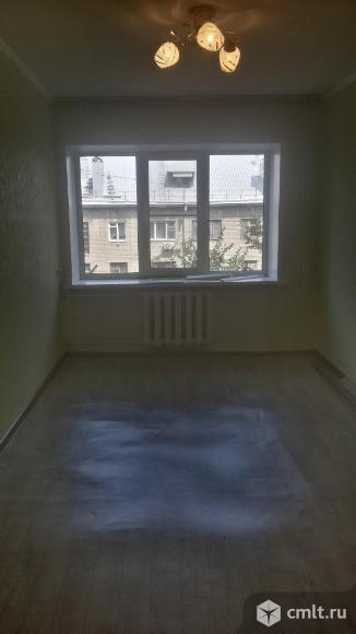 Ворошилова ул., №31. Комната, 15 кв.м, 5/5 эт. Фото 1.