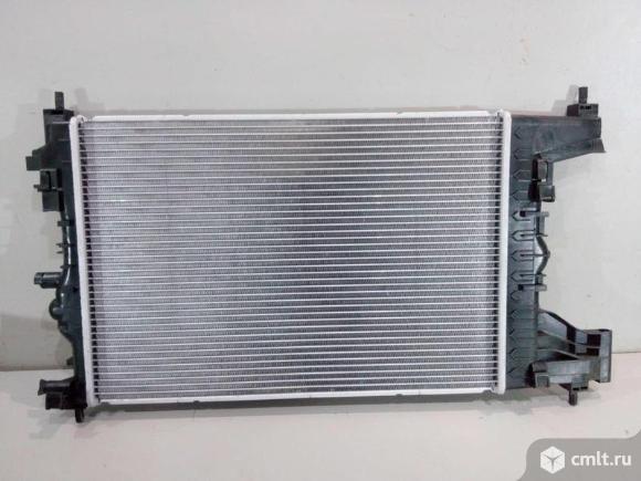 Радиатор охлаждения CHEVROLET CRUZE 1.8 09- новый. Фото 1.