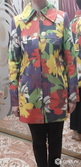 Продается демисезонное пальто. Фото 1.