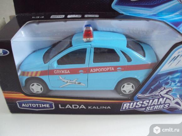 Автомобиль Лада Калина (Аэропорт). Фото 1.