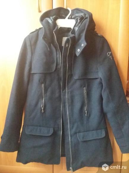 Пальто тёмно-синего цвета в идеальном состоянии для девочки подросткагВоронеж Сов.район. Фото 1.
