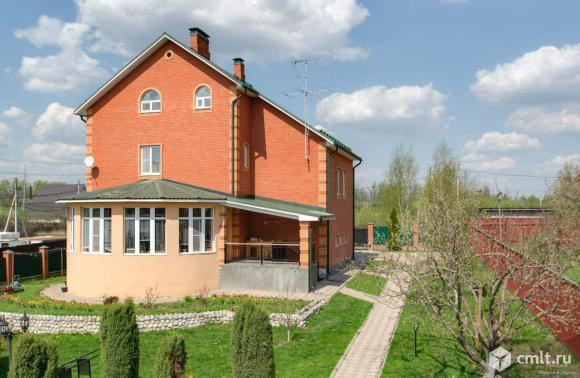 Продается: дом 418 м2 на участке 15 сот.. Фото 1.