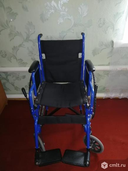 Инвалидная коляска. Фото 3.
