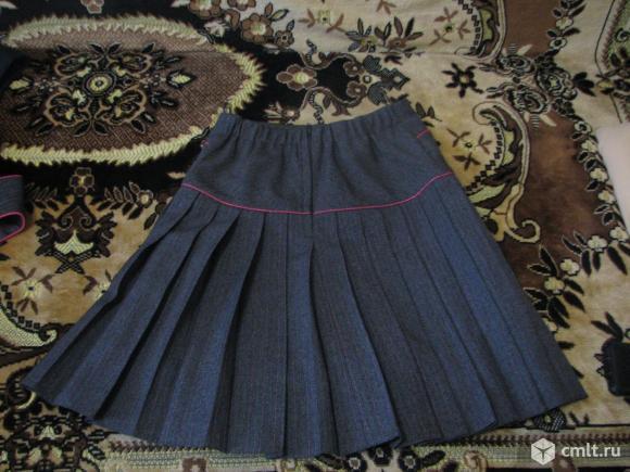 Продам школьную юбку. Фото 2.