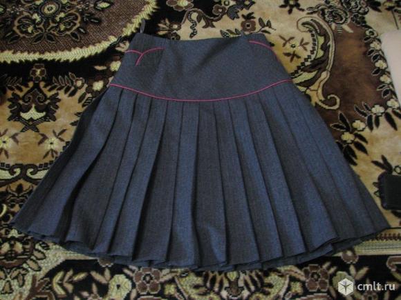 Продам школьную юбку. Фото 1.