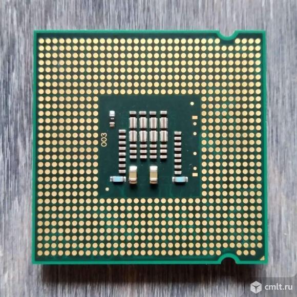 Intel Core 2 Duo E7300. Фото 2.