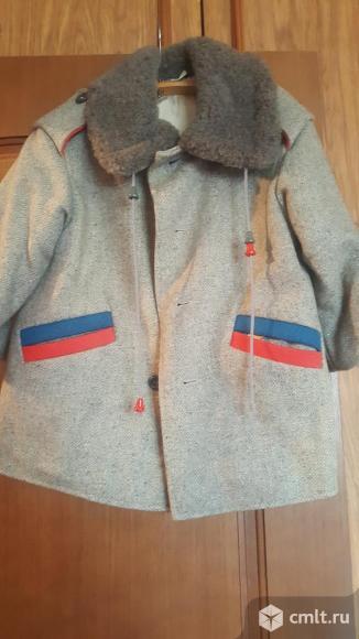 Детское пальто. Фото 1.