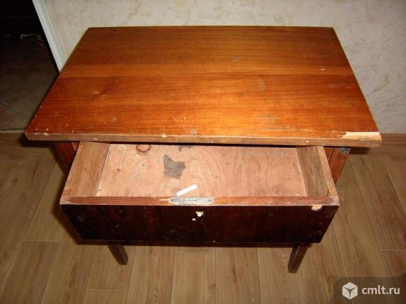 стол с ящиком для гаража