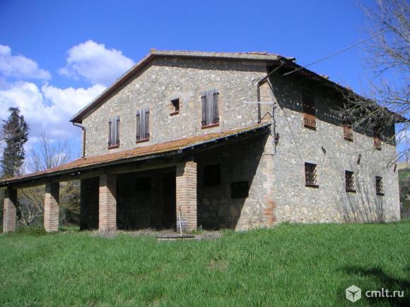 Продается усадьба в Сан-Теренциано, Перуджа, Италия. Фото 1.