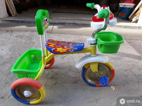 Детский велосипед трехколёсный. Фото 1.