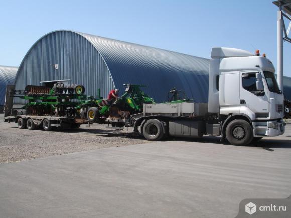 Трал низкорамный для перевозки негабаритных грузов. Фото 4.