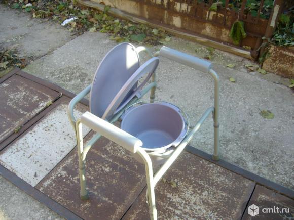 Кресло-туалет для инвалидов и пожилых. Фото 5.