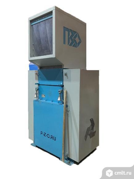 Моющая дробилка для полимеров PZO-800 DMU-DLU. Фото 1.