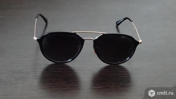 Поляризованные солнцезащитные очки. Фото 1.