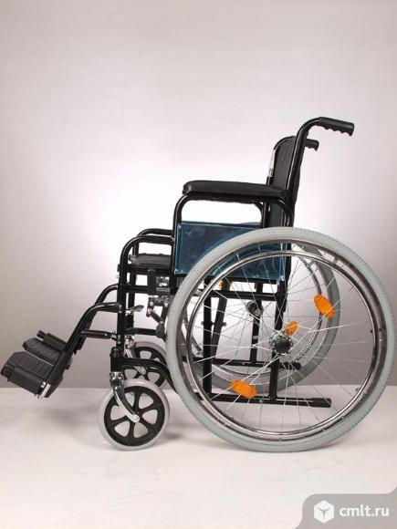 Инвалидное кресло коляска. Фото 1.
