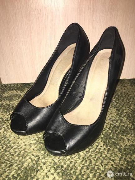 Женские туфли 36 размера. Фото 1.