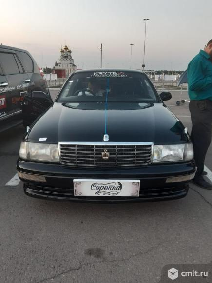 Toyota Crown - 1994 г. в.. Фото 1.