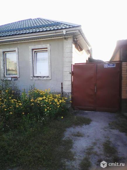 Новгородская ул. Полдома, 50 кв.м, 2 комнаты. Фото 1.
