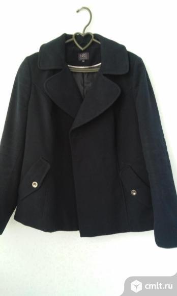 П.пальто темно синее М&S. Фото 1.