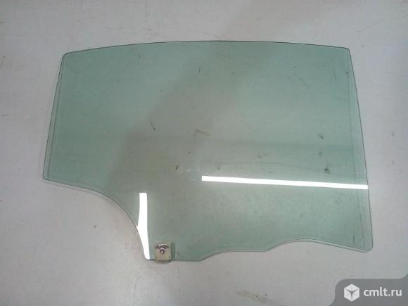 Стекло двери задней правой MAZDA 3 BK седан 06-09 б/у BN8V72511B BAN672511 5*. Фото 1.