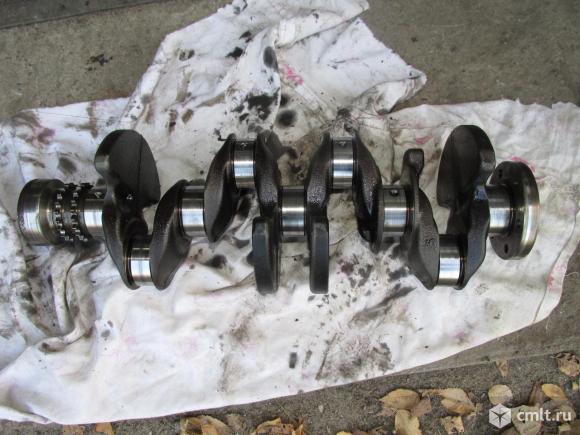 для Peugeot 308 коленчатый вал, коленвал б/у номер 0501L4, 0501L2