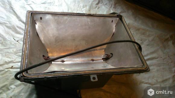 Прожектор галогеновый 1,5 кВт.. Фото 1.
