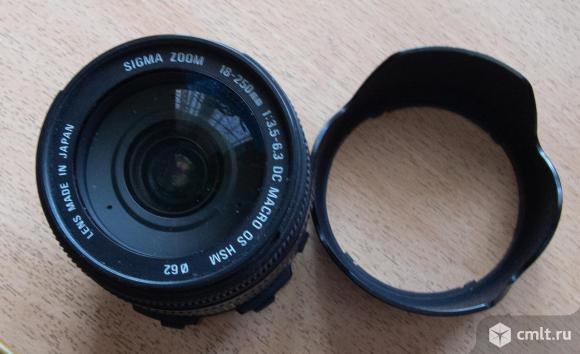 Объектив SigmaОбъектив Сигма 18-250 mmDC macro DS HSM. Фото 1.