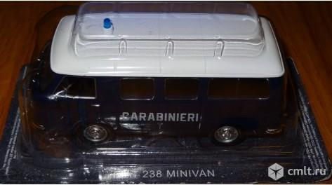 Полицейские машины мира 2 FIAT 238 CARABINIERI 1967. Полиция италии. Фото 7.