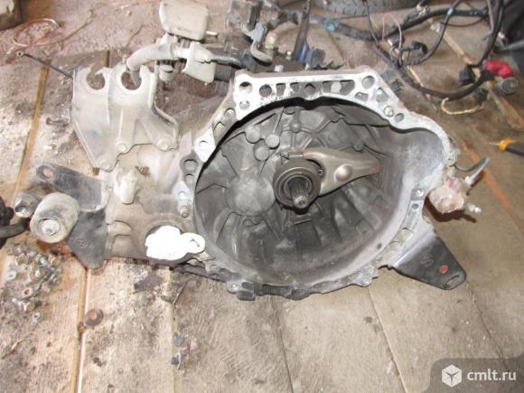 для Toyota Avensis T250 механическая коробка передач МКПП б/у номер 3030005021Состояние: ОтличноеПрименимость: Toyota Avensis II 2003-2008;В наличии разные позиций данного автомобиля ,цены раз
