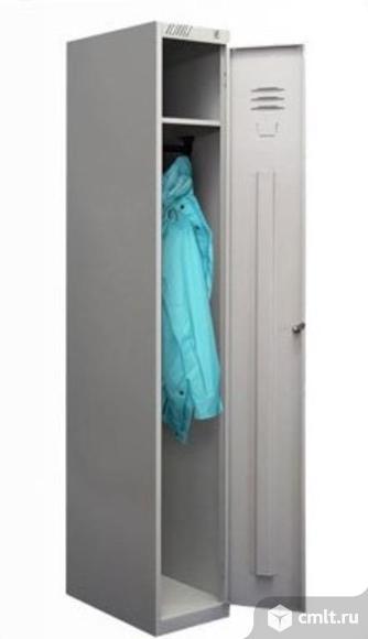 Шкаф для одежды. Фото 1.