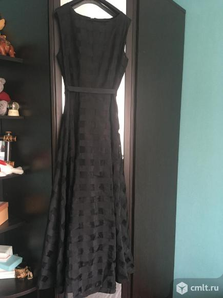 Продам женское платье. Фото 1.