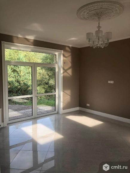 Продается: дом 320 м2 на участке 10 сот.. Фото 1.