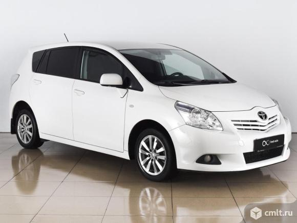 Toyota Verso - 2011 г. в.. Фото 1.