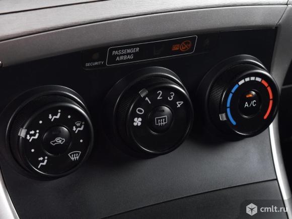 Toyota Verso - 2011 г. в.. Фото 8.