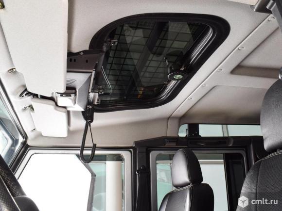 Land Rover Defender - 2008 г. в.. Фото 8.