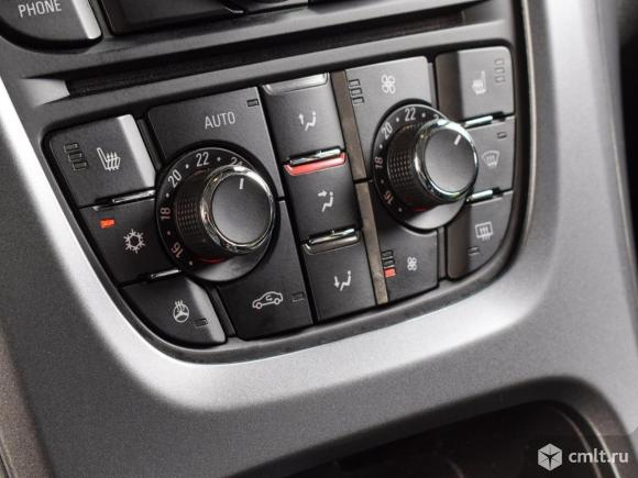 Opel Astra - 2014 г. в.. Фото 8.