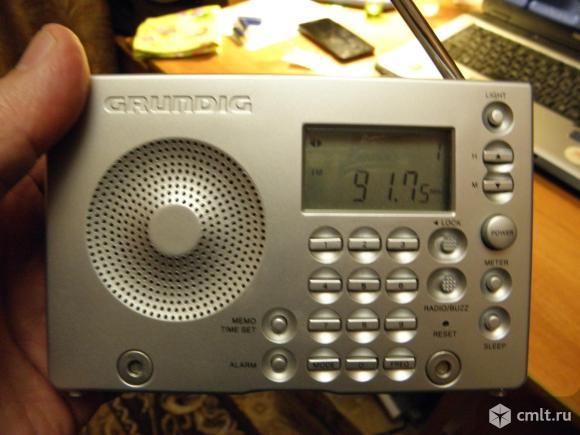 Радиоприемник Grundig. Фото 1.