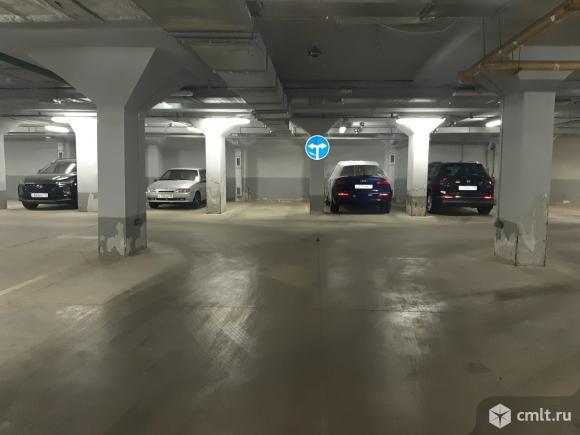Парковочное место 16 кв. м Дворовая территория дома № 37, лит Г 4.. Фото 1.