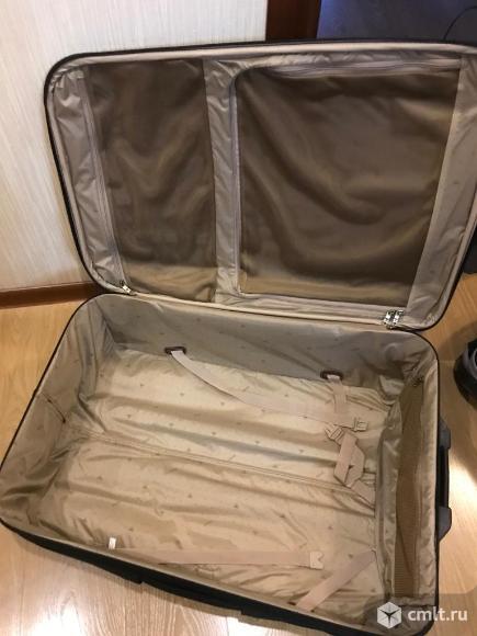Продам чемодан. Фото 2.