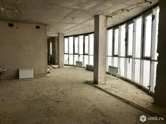 Квартира свободной планировки 200 кв.м.. Фото 1.