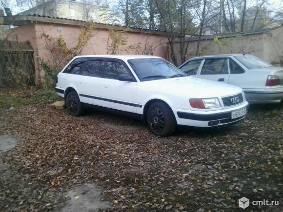 Audi 100 - 1993 г. в.. Фото 1.