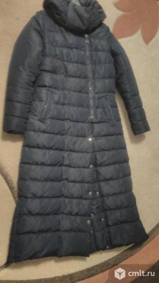 Удлиненный плащ-пальто. Фото 1.