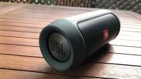 Новая портативная колонка JBL Charge 2+ в упаковке