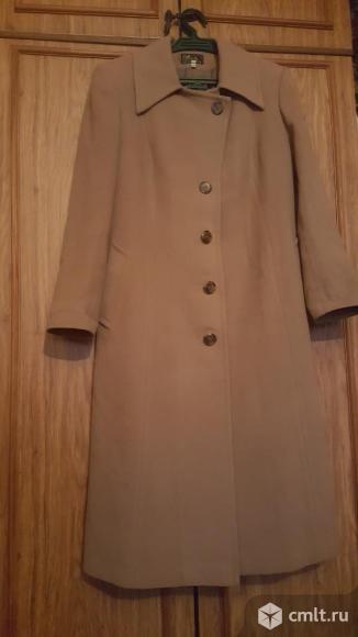 Женское пальто. Фото 5.