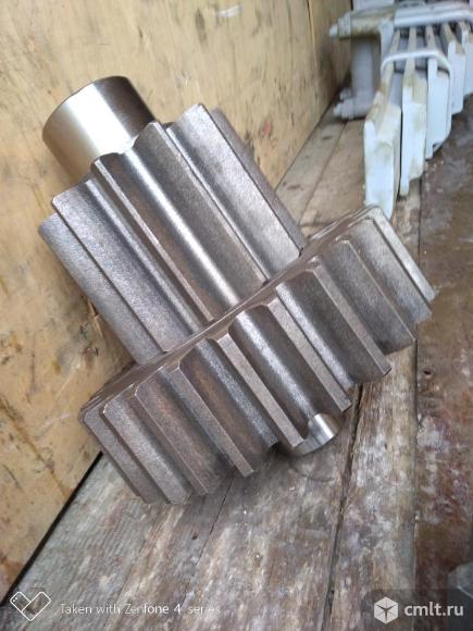 Шестерни 60-19-1, 60-19-2, 19216,  20-19-24, 50-19-144СП заводские на бортовые редуктора бульдозера. Фото 3.